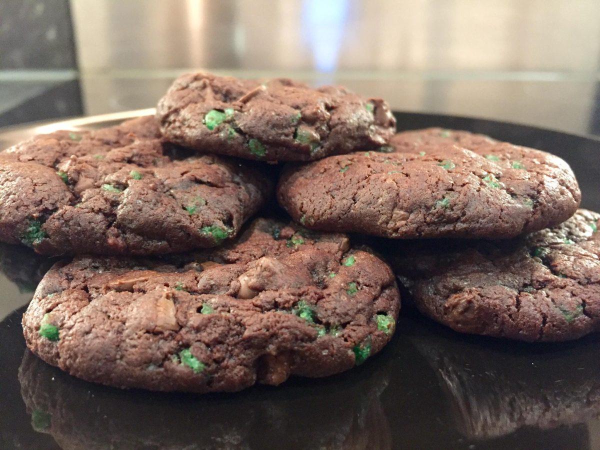 Dark Chocolate Mint Crunch Cookies
