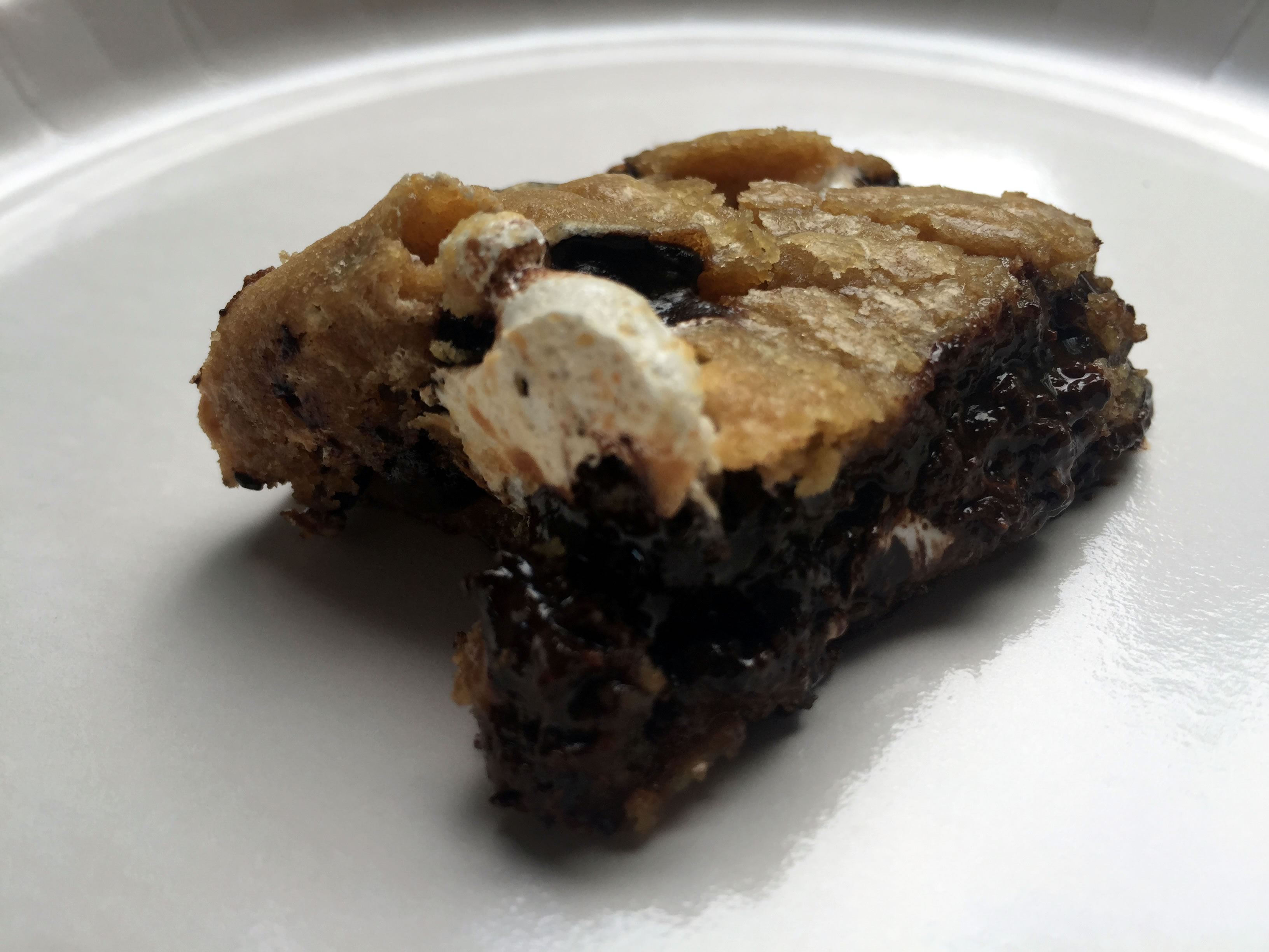 S'mores Cookie Bar Bites